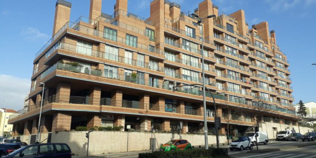 edificio-misto-habitacao-e-comercio
